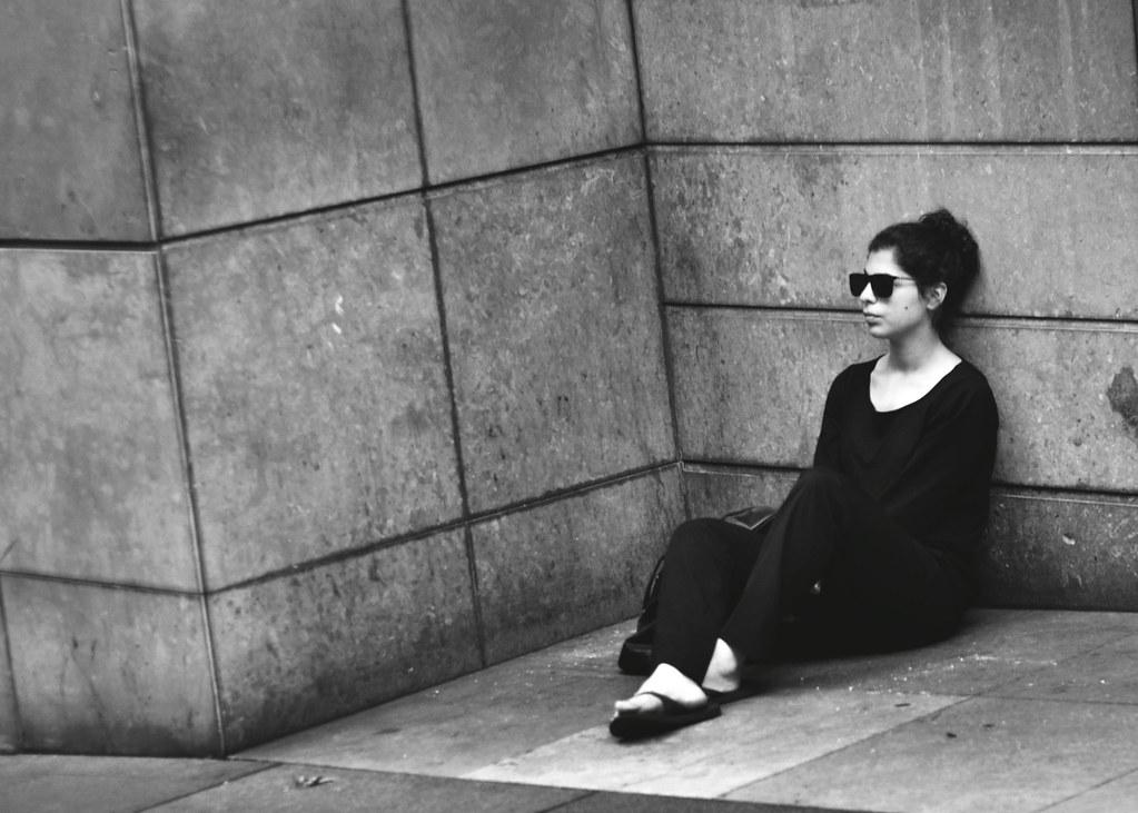 Скромное обаяние буржуазии: почему сейчас модно притворяться бедным