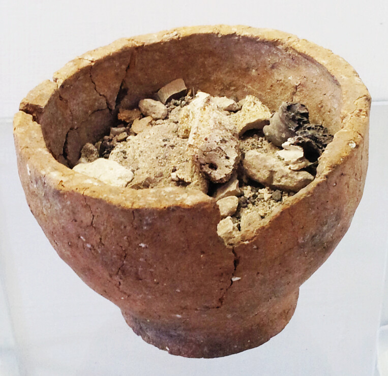 Late Bronze Age cremation urn