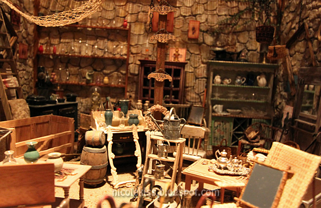 mini pottery place