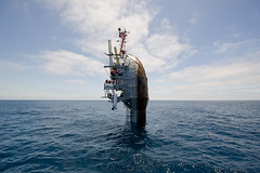 [Free Images] Transportation, Ships, Sinking ID:201207130000