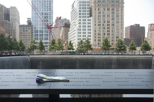 New York Portraits Remembrance At The World Trade Center Memorial