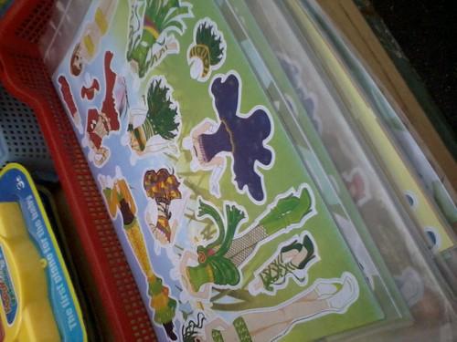 Childhood memory-Patung kertas by zufik_ita