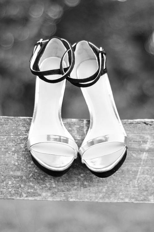 acupofmaiblackandgoldshoes-1
