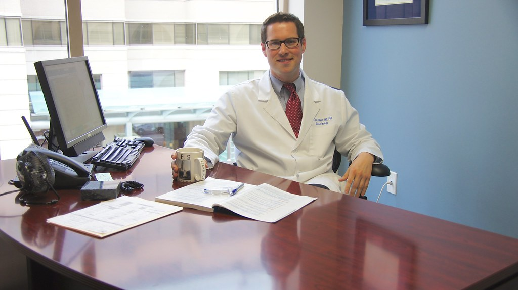Visit to a very paperless practice: Michael West, MD PhD - Washington Endocrine Clinic, Washington DC USA