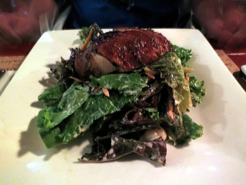 Ensalada del huerto con pollo a la brasa