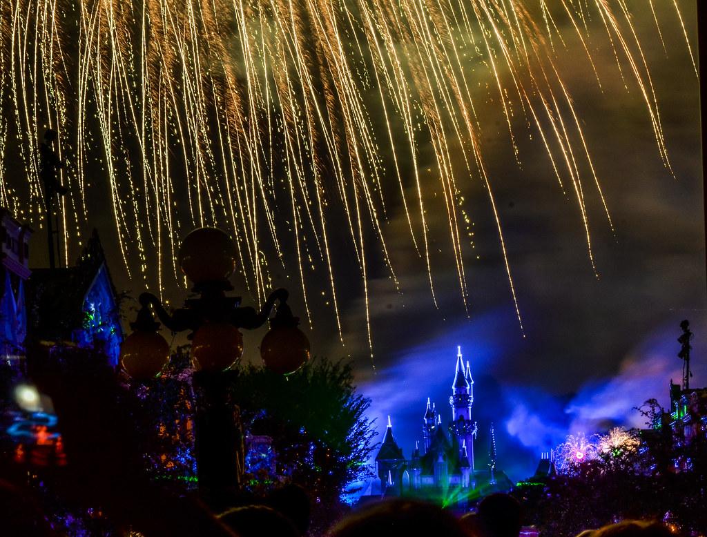 Fireworks castle off centered