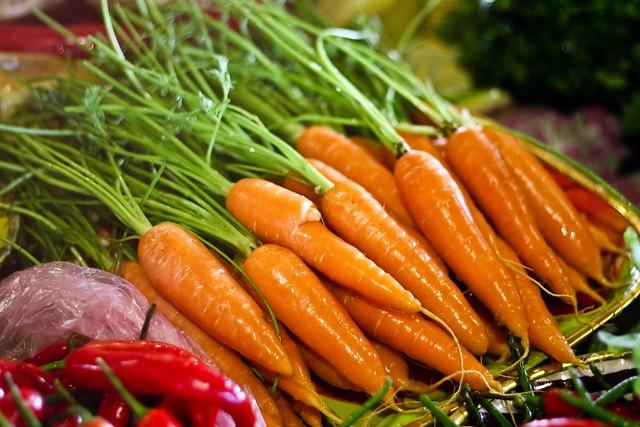 Молодая морковка @ Привоз Одесса