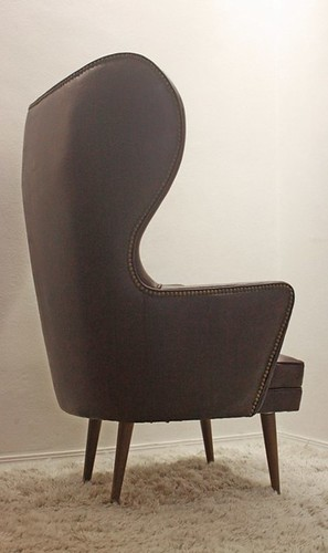 Mid Century Gorgeous Wing Back Papa Bear Looking Chair