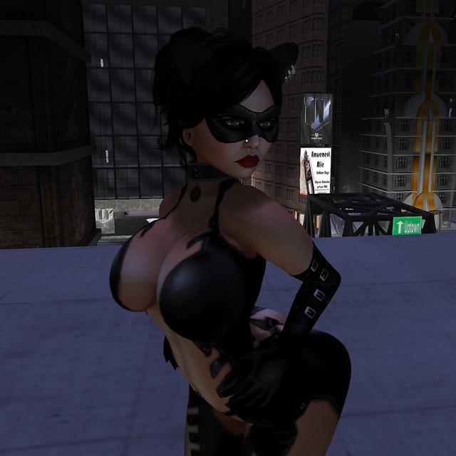 Megan Fux Catwoman Close 1024x1024
