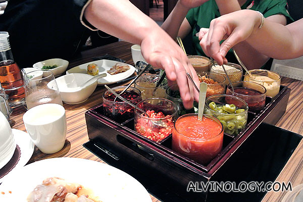 If you are not confident of mixing your own steamboat sauce, just tell the staff your taste preference and get them to do it