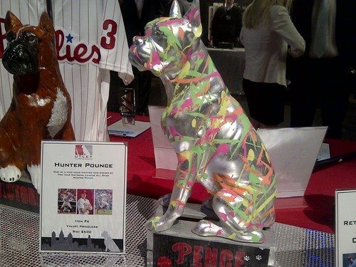 Conquered silent auction! Pence dog!
