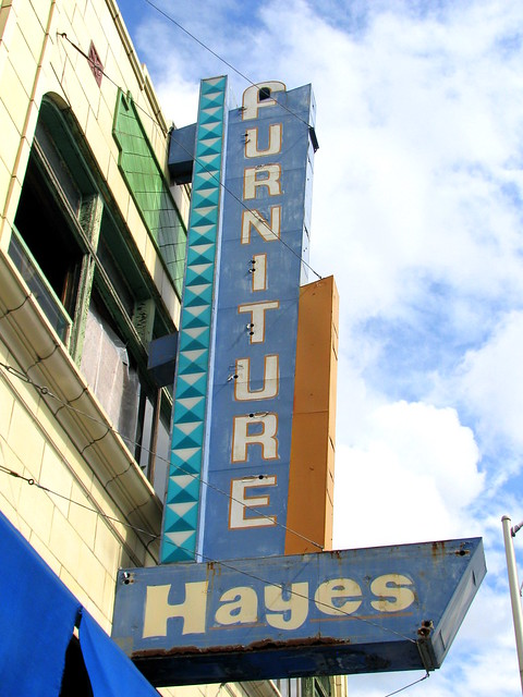 Hayes Furniture Neon Sign Seen Along State St In Bristol Flickr Photo Sharing