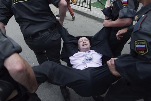 Гей-парад в Москве 27 мая 2012 by hegtor