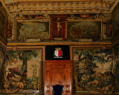 """""""The King Borne"""" and """"The Animals' Fight"""", part of the Gobelins 'Les Teintures des Indes' (The Indian Hangings) series, 1710, Tapestry Chamber, The Palace, Valletta"""