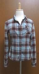 ブラウンと水色のチェックネルシャツ