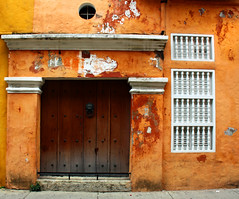 another door, window,colors,... from Cartagena by Zé Eduardo...
