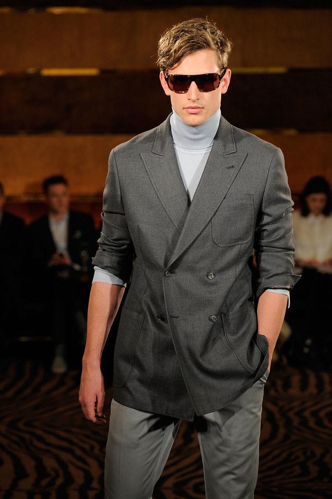 SS13 London Joseph Abboud010_Emilio Millar Escauriza(fashionising.com)