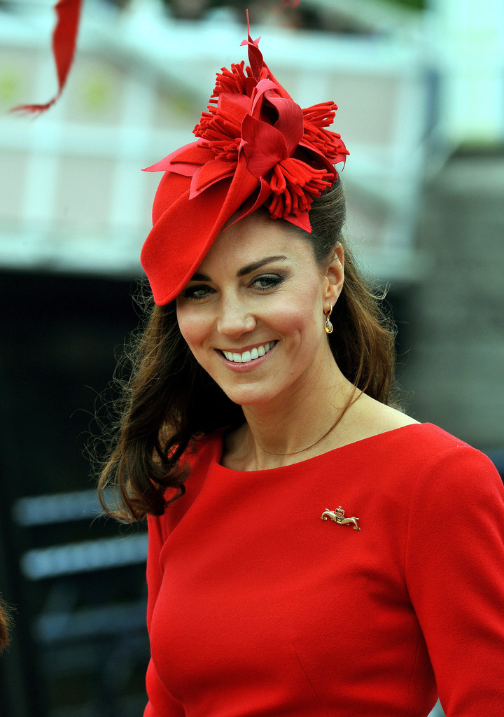 Kate+Middleton+Diamond+Jubilee+Thames+River+3ZUMEUqIdDdx
