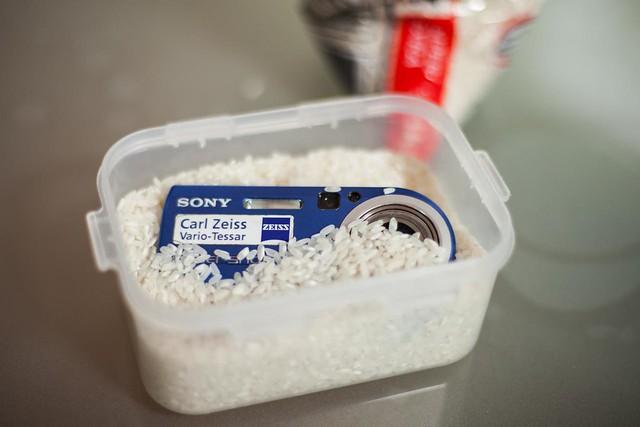 Utiliza arroz para eliminar la humedad de tu equipo - Aparato para quitar la humedad ...