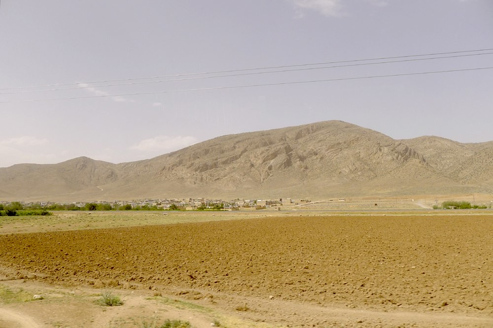 yazd-shiraz-L1030122