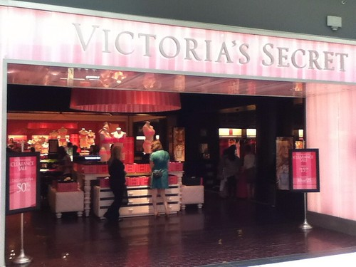 Victoria's Secret additional 50% OFF