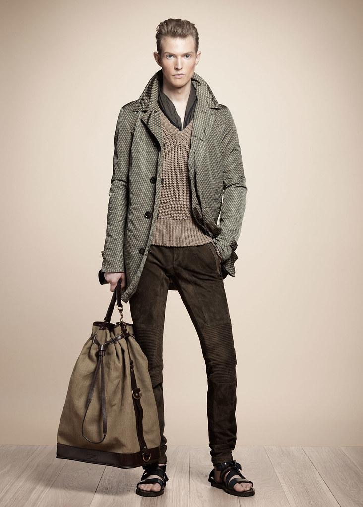 SS13 Milan Belstaff058_Adrian Bosch(fashionising.com)