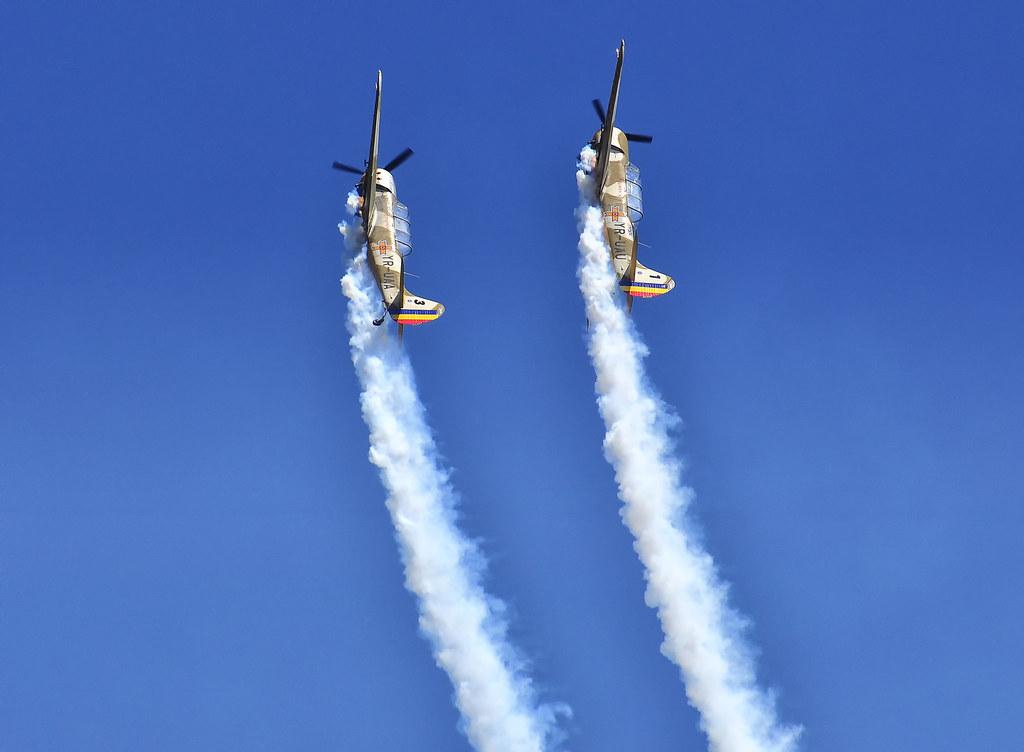 AeroNautic Show Surduc 2012 - Poze 7489949910_86381983c4_b