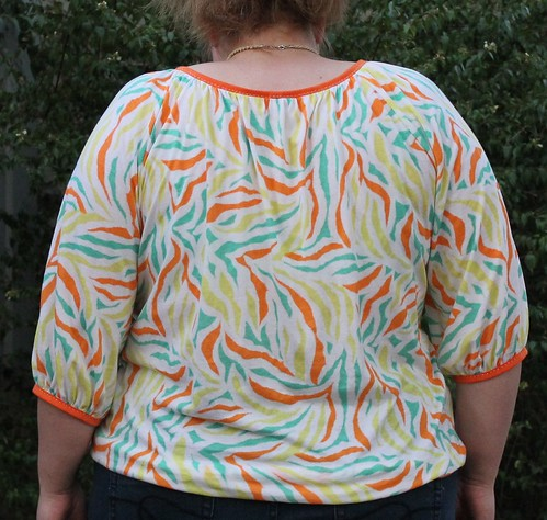 Simplicity 1805 back view