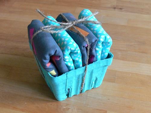 Jenny: Napkin basket for housewarming