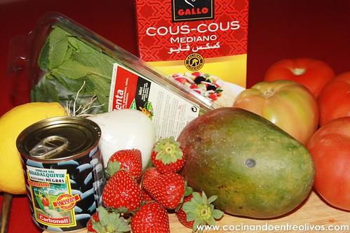 Tomates rellenos de cous cous de fresas y mango (2)