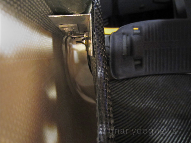 carbon seat1