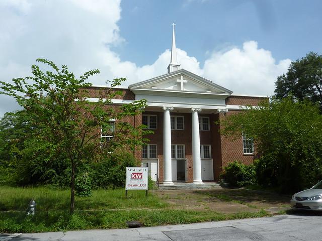 P1100170-2012-07-13-Lizzie-Chapel-Baptist-Church-Inman-Park-Atlanta-Sanctuary-south-elevation