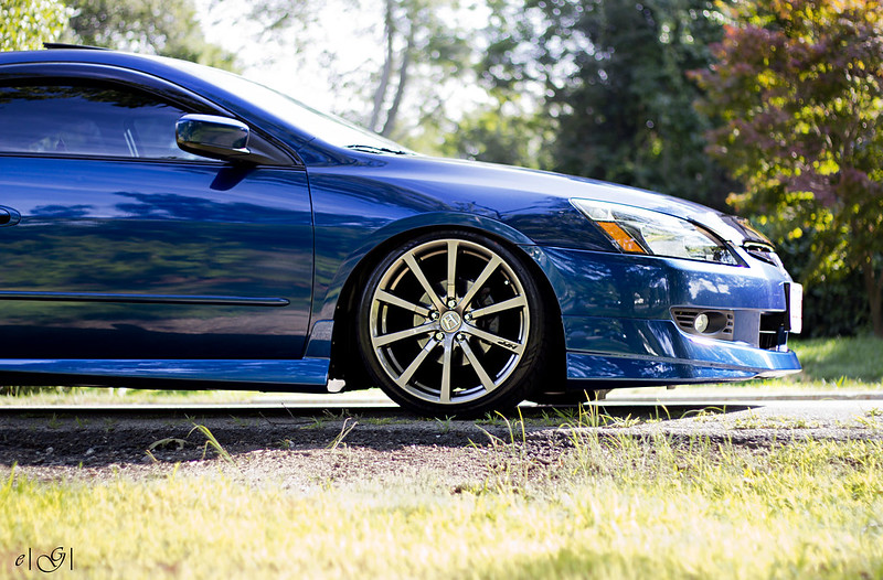 blue 6th gen honda accord coupe with hfp wheels