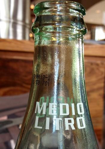 Medio Litro by Nieve44/Luz