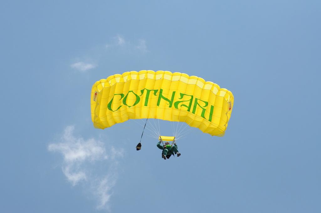 Fly-in @ Floreni - Mitingul cailor putere - Poze 7677961694_f86f573ec0_o