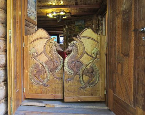 Lohikäärmeovet Krakowassa