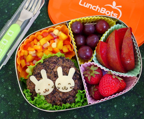 Twin Bunnies Bean Burger Bento by sherimiya ♥
