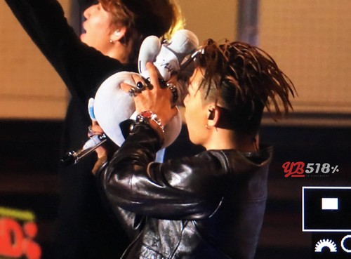 Big Bang - FANTASTIC BABYS 2016 - Kobe - 28may2016 - YB 518 - 08