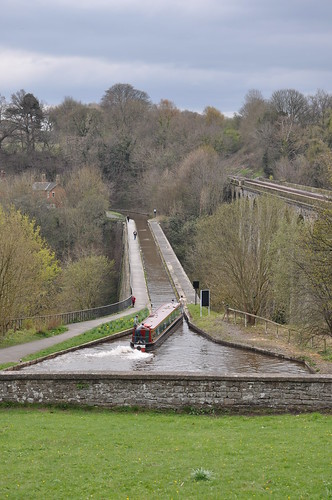 Canal boat on the Chirk Aqueduct