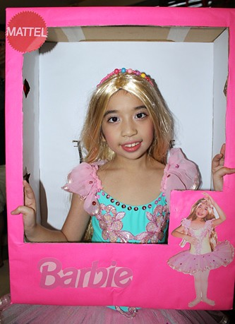 barbie_costume