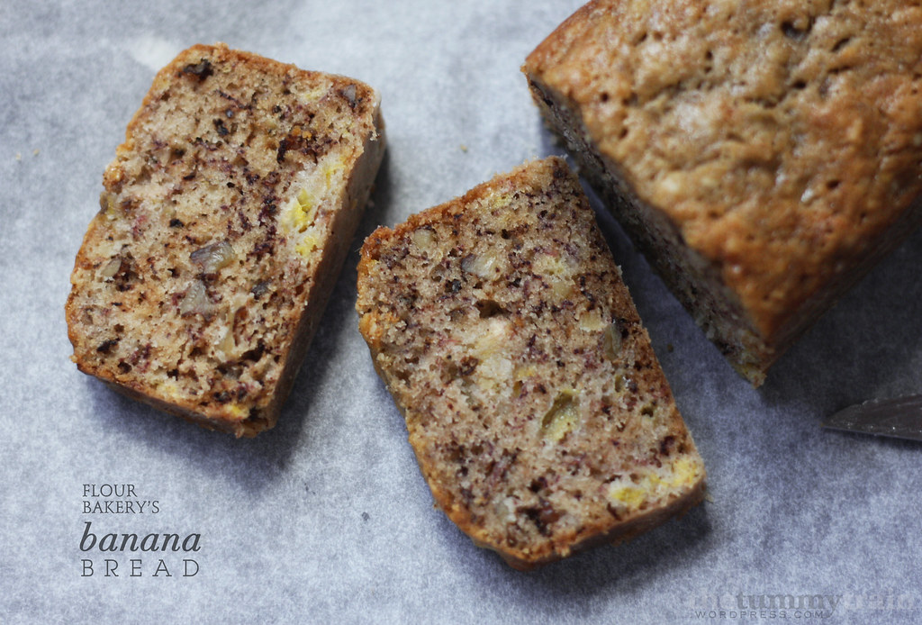 7142152159 8320e0a491 b - Flour Bakery's I-understand-why-it's-Famous Banana Bread + Cookbook