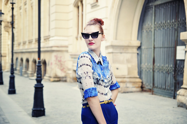 blue-silk-shirt-outfit
