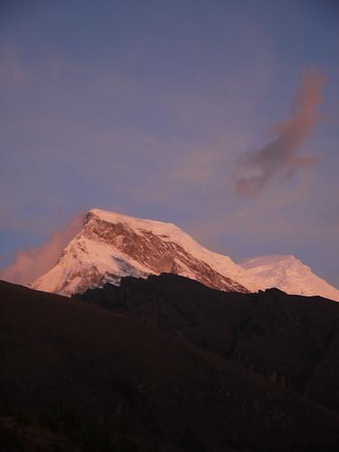 sunset mountains peru huascarán cordillerablanca llanganuco
