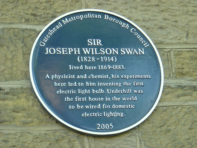 Photo of Joseph Swan and Underhill blue plaque