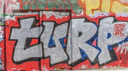 Dublin Street Art (Windmill Lane) by infomatique