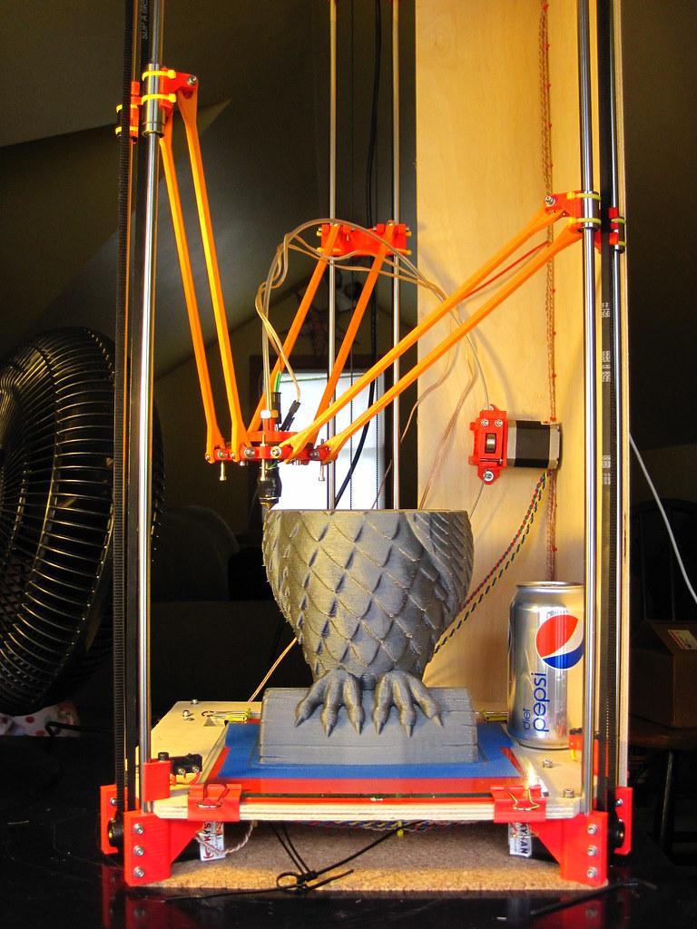 3 axes verticaux uniquement pour cette étonnante imprimante 3D