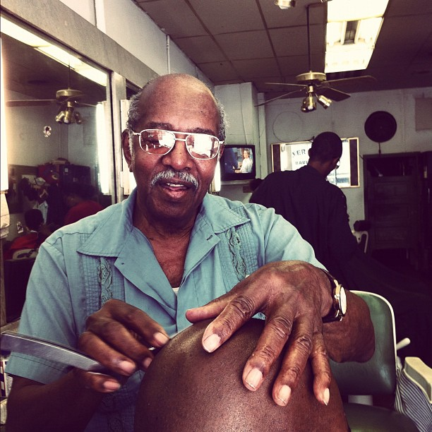 @writegavinwrite getting the straight razor at Silver Moon Barbershop on the historic Auburn Ave in ATL