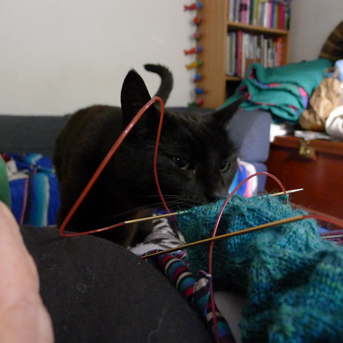 Knitting helper