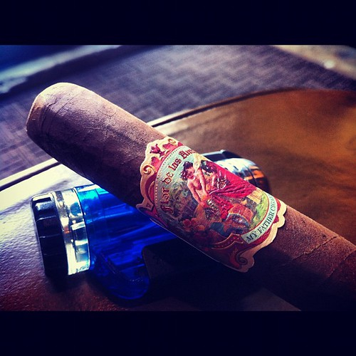 Giving this Flor de las Antillas a try