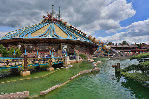 DLP June 2012 - Wandering through Discoveryland